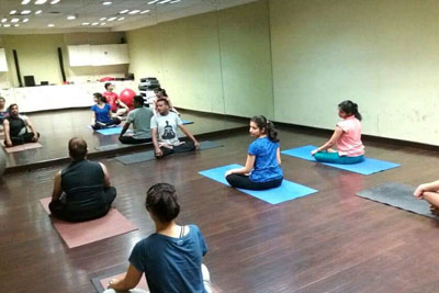 Yoga classes in Juhu